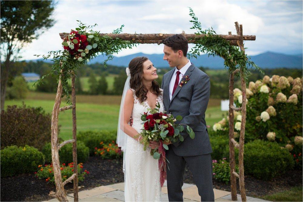 Feather-and-Oak-Photography-Cross-Keys-Vineyard-Wedding-1125.jpg