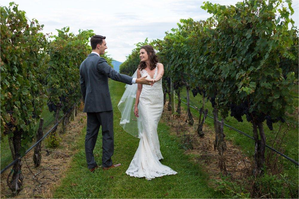 Feather-and-Oak-Photography-Cross-Keys-Vineyard-Wedding-1195.jpg