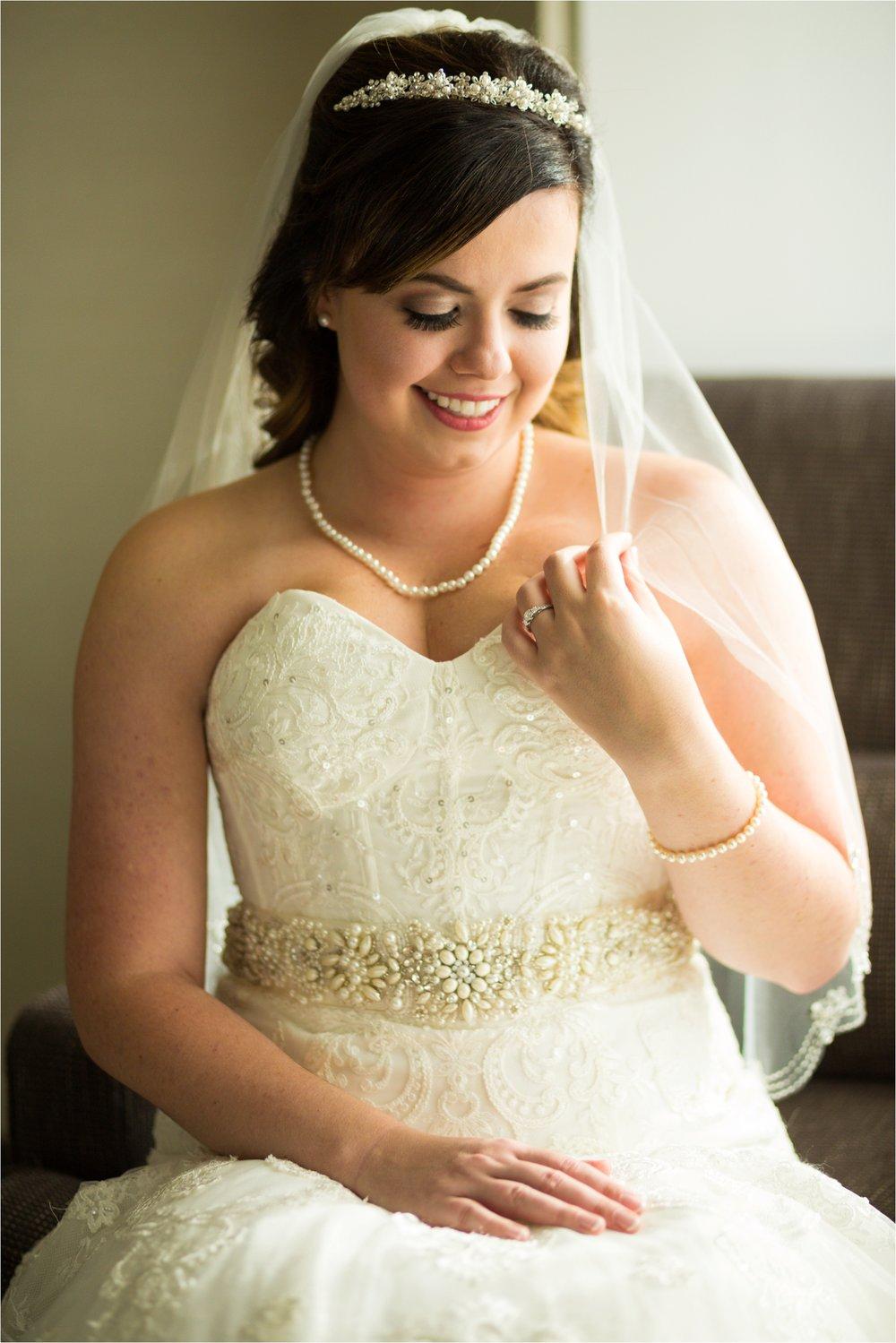 Newport-News-Winter-Wonderland-Wedding_0104.jpg