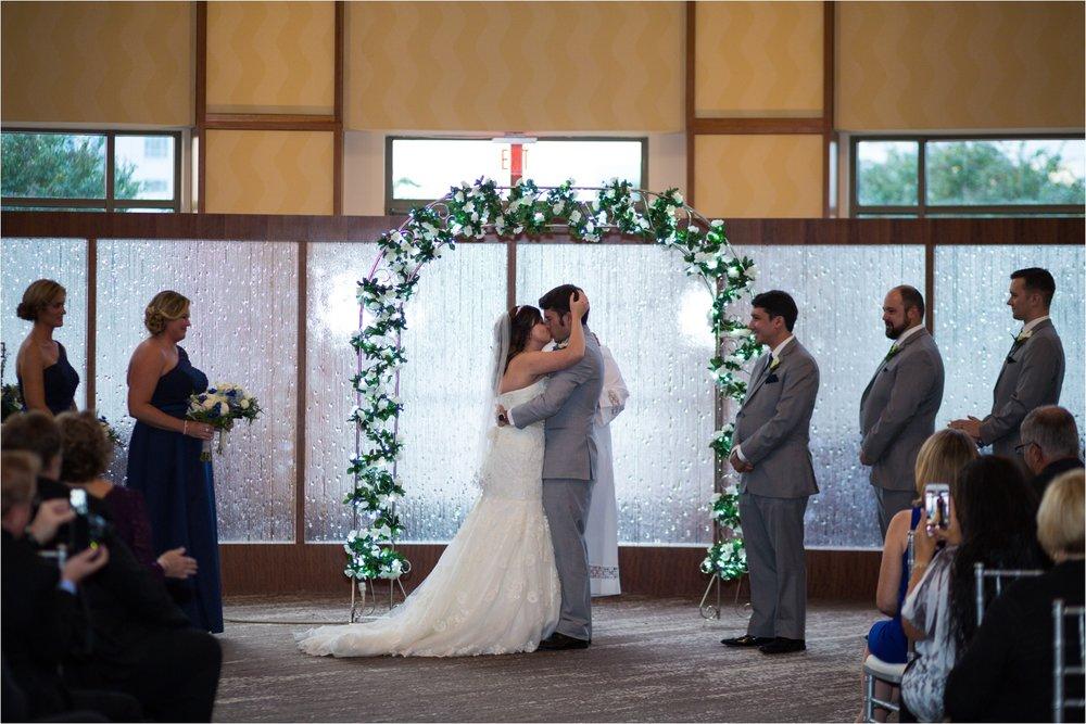 Newport-News-Winter-Wonderland-Wedding_0179.jpg