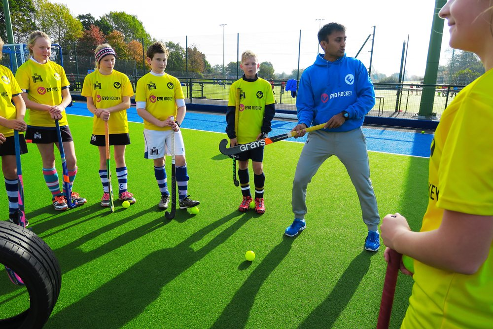 Pakistan international Adnan Zakir coaching EVO Hockey players