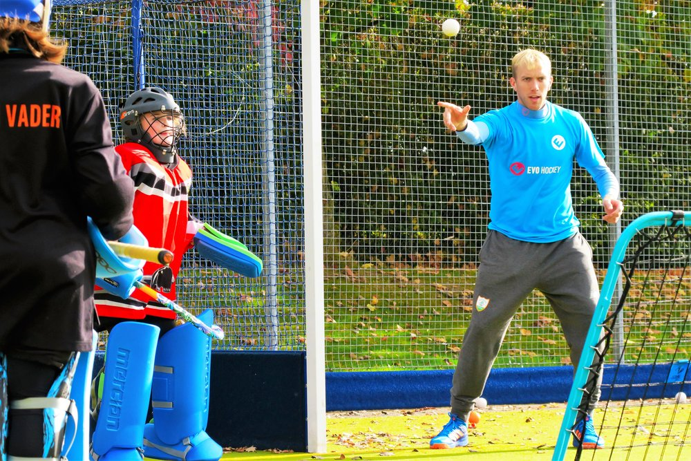 2 x World Goalkeeper of the Year, Rio 2016 Olympian & Ireland captain David Harte coaching goalkeepers at an EVO Hockey camp