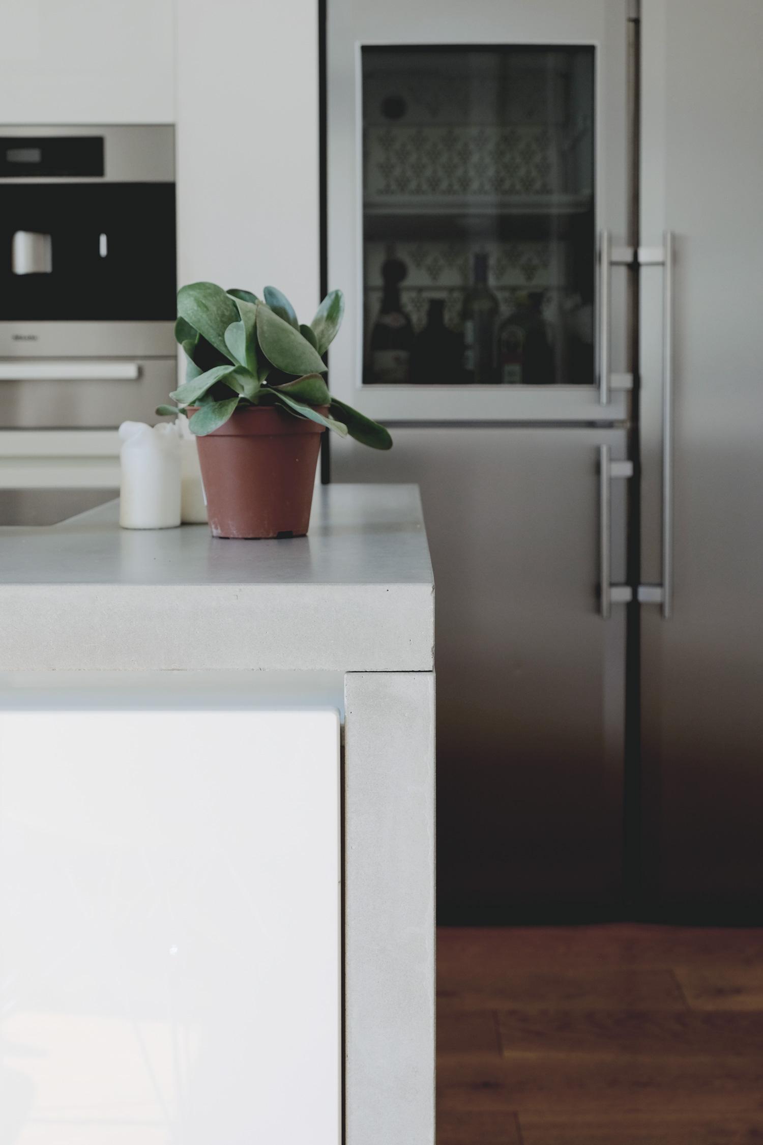 Projekt - Clean concrete — wit & voi