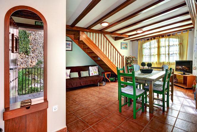 apartamentos bellavista alquezar  (6).jpg