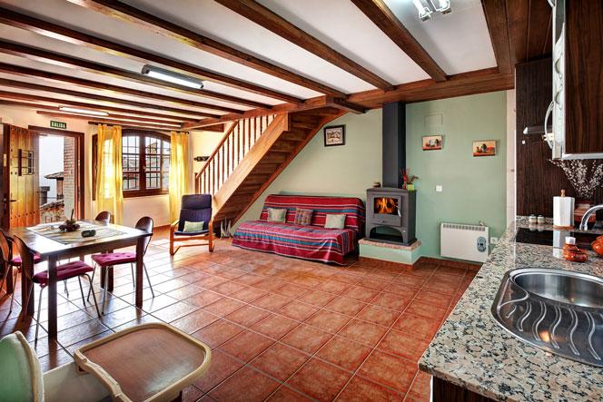 apartamentos bellavista en alquezar guara (3).jpg