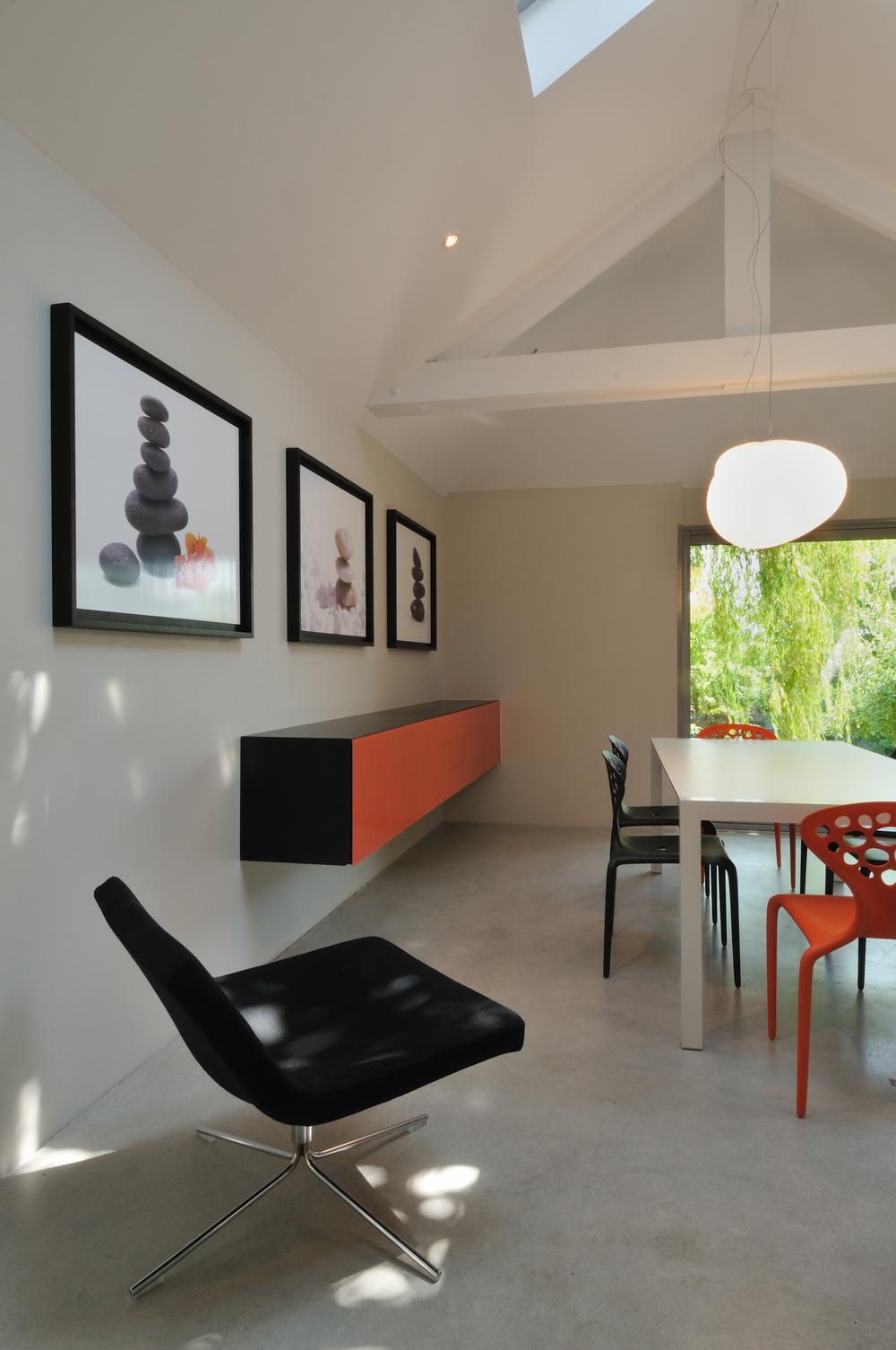 DINAN - Extension contemporaine  - SURFACE: 45 m2 -Maître d'ouvrage: Particulier