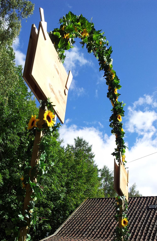 Sunflower Portal for Geitmyra matkultursenter, children's festival. Oslo. 2015.