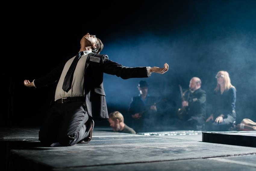 Congress of Dreams . Scenography & props together with Carle Lange for  Krakk Noir & Susanne Øglænd . Black Box Teater. Oslo.