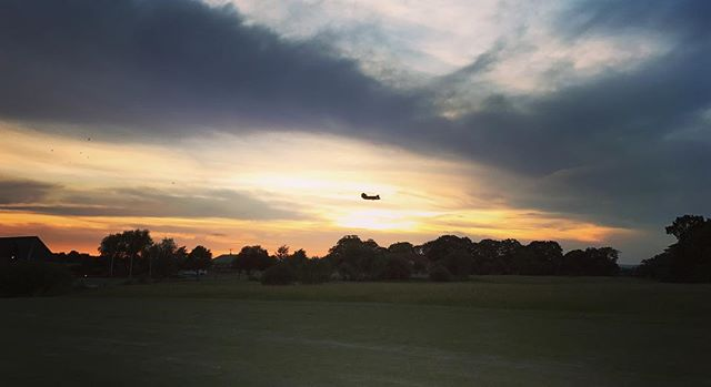 Lovely evening for #18holes the a #chinook flew over! 👌🏻