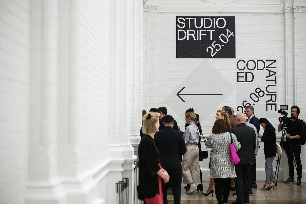 2018.studiodrift.stedelijkmuseumamsterdam.036_A4300dpi.jpg