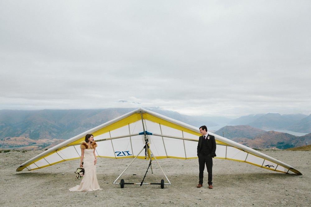 Bride-Groom-Hang-Glide-Coronet-Peak.jpg