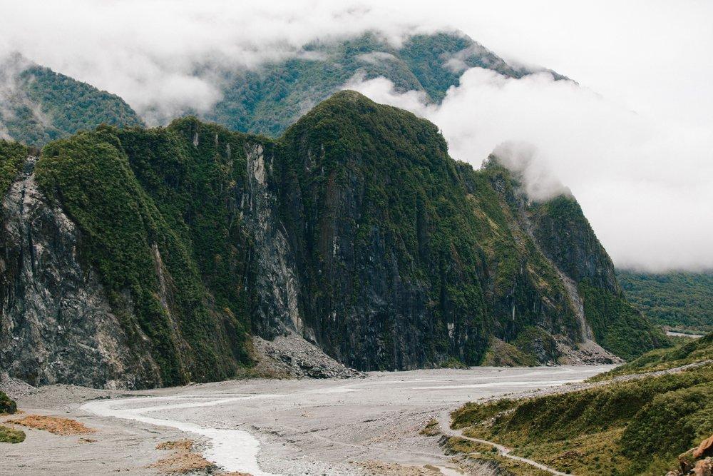 Mountains-Clouds-New Zealand-Landscape.jpg