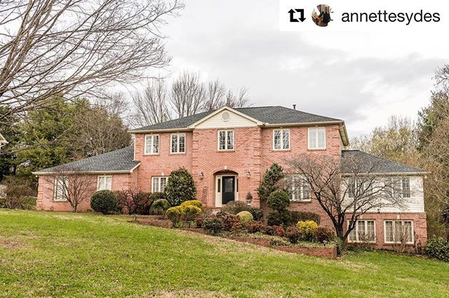 NEW LISTING ALERT!!! #Repost @annettesydes ・・・ Y'all!! Check out our new 2-story with finished basement listing!! It's amazing!! Priced to sell!! 11021 Flotilla Drive, 37934 Concord Hills in Farragut •5,035 SF •4BR / 3.5BA • Family Room, Sunroom, Rec Room, Workshop • Neighborhood Pool, Tennis Courts, Playground, Volleyball Court, Picnic Area • ... and so much more!! Contact me, @annettesydes or @cindykrausrealtor for more information!  @baileycorealestate  865-947-9000  #listing #newlisting #realestatelisting #concordhills #farragut #farraguttn #knoxville #knoxvilletn #realestate #realtor #knoxvillerealestate #knoxvillerealtor
