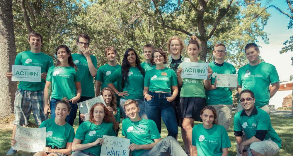 Participez à des activités sympas comme des rencontres avec des Jeunes verts et des discussions politiques.