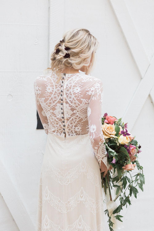 tampa-wedding-photos-dress