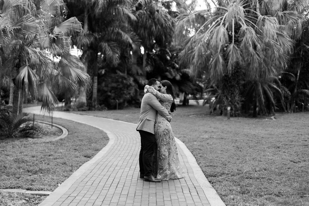 St-pete-florida-engagement-session-nicole-mike-I58A6975.jpg
