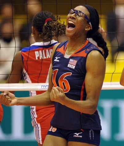 11-3-10_Akinradewo_and_Tom_Celebrate_vs_Cuba.jpg