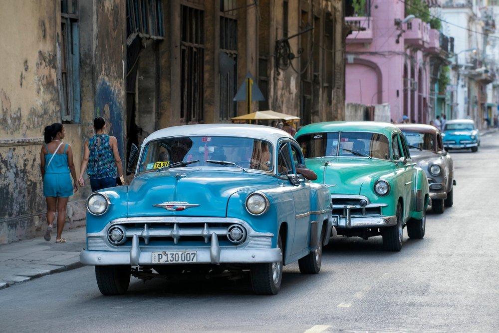 classic-cars-cuba.jpg