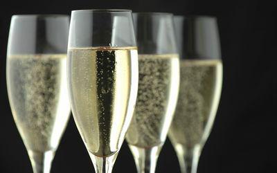 Champagne.30.year_1.jpg