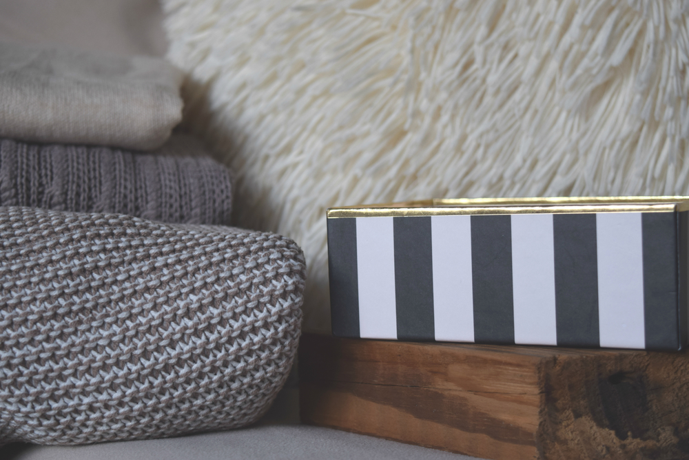 Carole Schopp Interior Decor The Little Notebook Wood Block kate spade black white and gold box