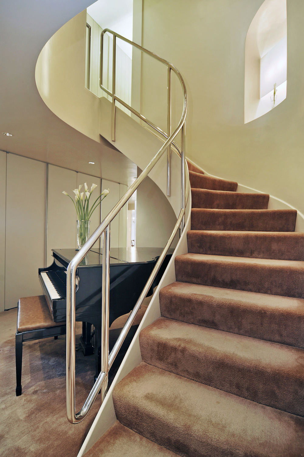 3_E_69th_St_Unit_78C_Staircase.jpg