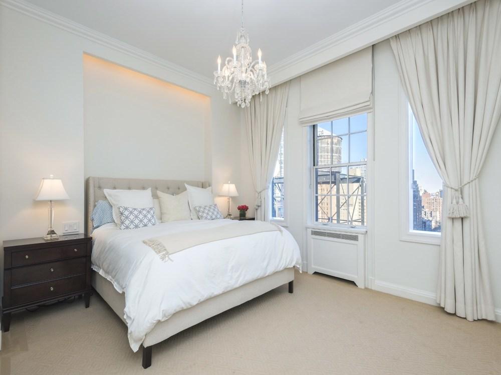 Luxury NYC Real Estate Michele Llewelyn2.jpg