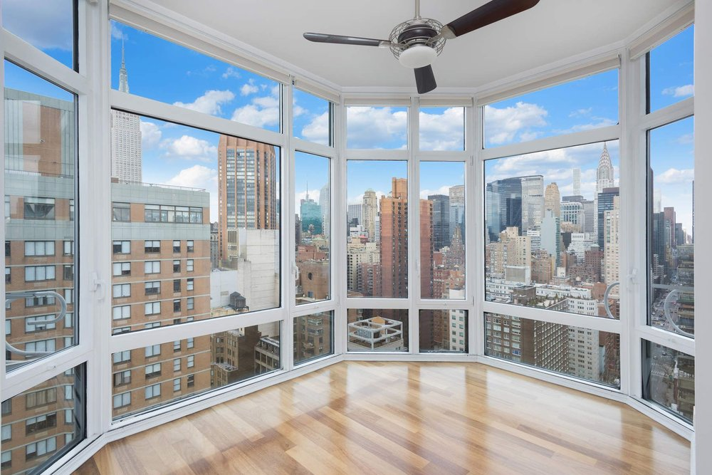 Luxury Real Estate NYC_Michele Llewelyn_200 EAST 32ND STREET APT 27D_3.jpg