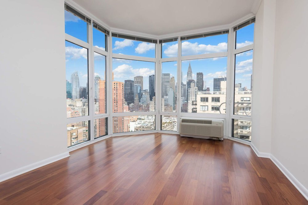 Luxury Real Estate NYC_Michele Llewelyn_200 EAST 32ND STREET APT 27D_8.jpg