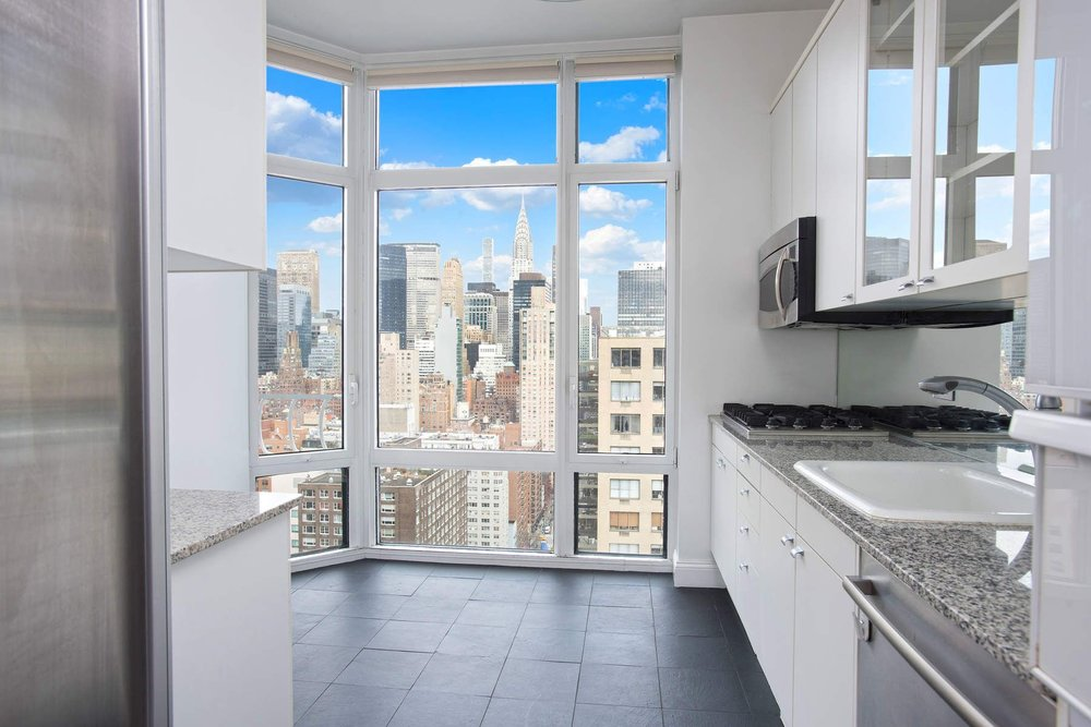 Luxury Real Estate NYC_Michele Llewelyn_200 EAST 32ND STREET APT 27D_14.jpg