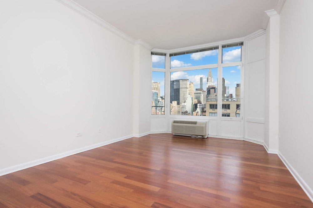 Luxury Real Estate NYC_Michele Llewelyn_200 EAST 32ND STREET APT 27D_16.jpg