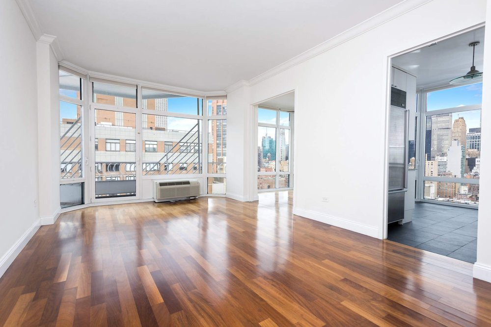 Luxury Real Estate NYC_Michele Llewelyn_200 EAST 32ND STREET APT 27D_17.jpg