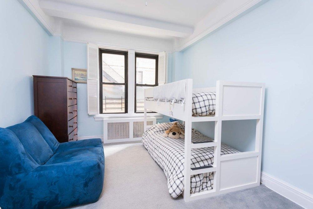 Luxury Real Estate NYC_Michele Llewelyn_70 EAST 96TH STREET APT 2D_2.jpg
