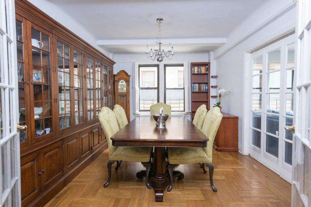 Luxury Real Estate NYC_Michele Llewelyn_70 EAST 96TH STREET APT 2D_7.jpg
