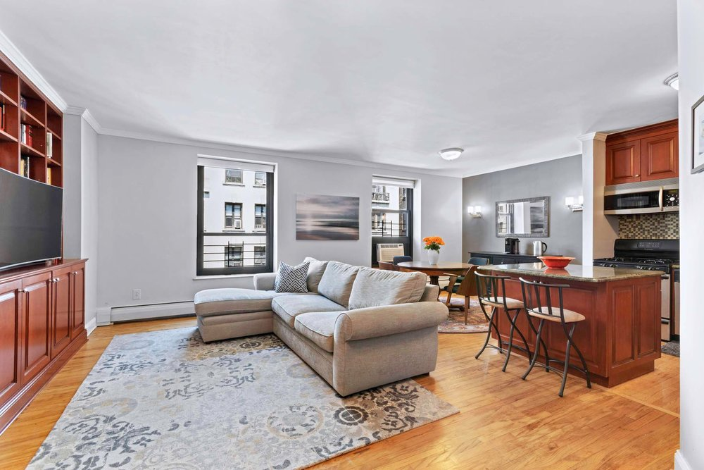 Luxury Real Estate NYC_Michele Llewelyn_305 WEST 98TH STREET 5FN_4.jpg