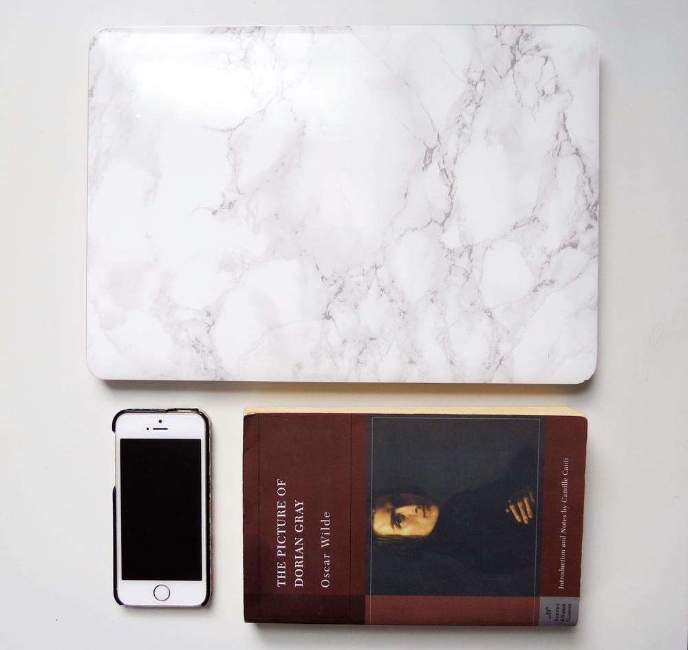 kelseybeauty%2Bcarryon%2Bbag%2Bmacbook%2Bpro%2Biphone%2B5s.jpg