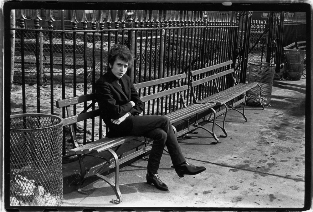 Bob Dylan in Christoper Park, Sheridan Square, January 22, 1965