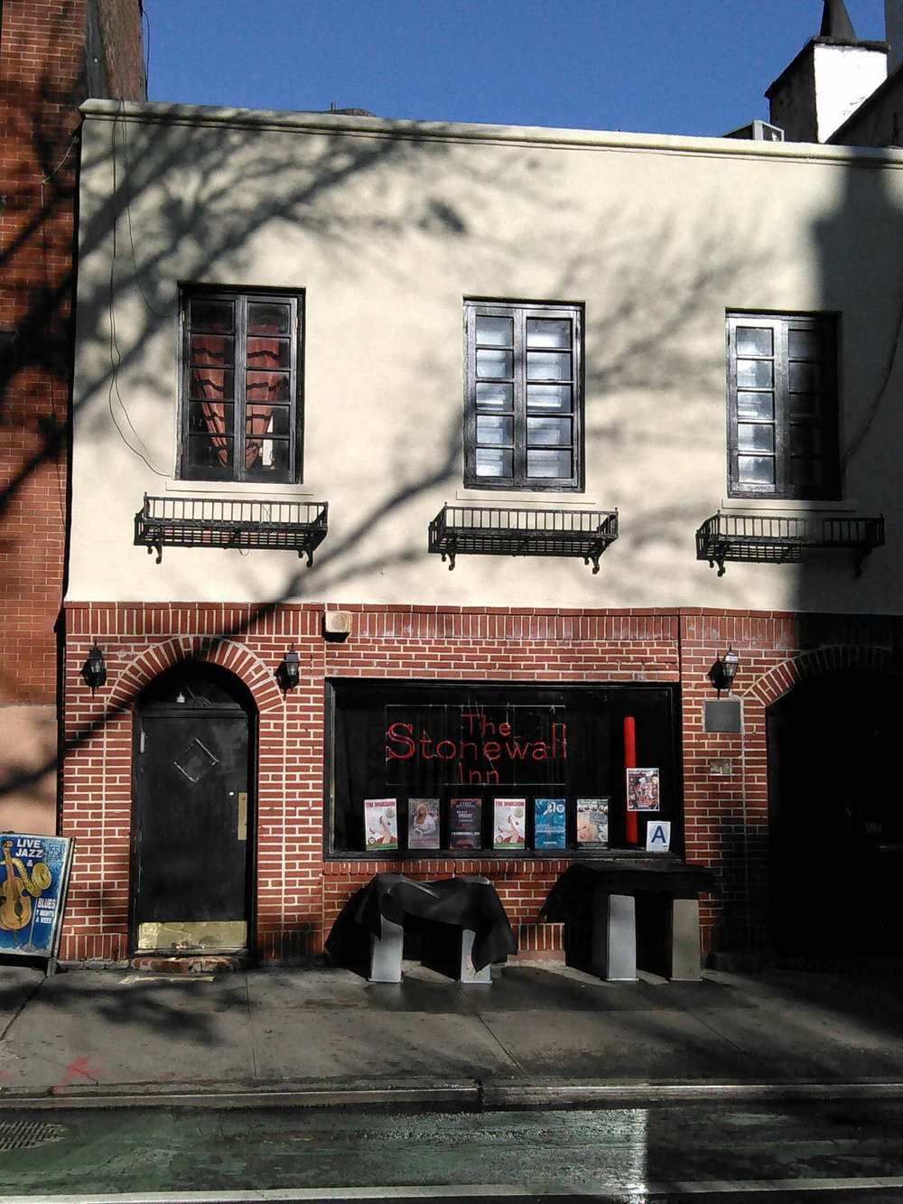 The famous Stonewall Inn,  sans  scaffolding once again.