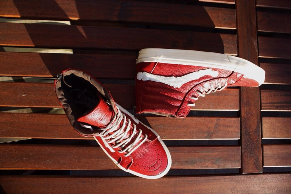 %22DeBlends 000%22 Custom CA Sk8 HI Zip by Riley DeBence4.jpeg