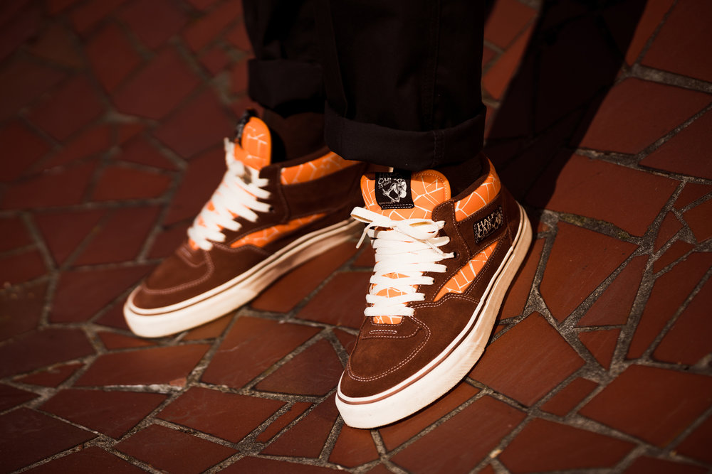 "Vans Skate x Trap Skateboards ""Save the Wilhelmsburg"" Half Cab Pro"