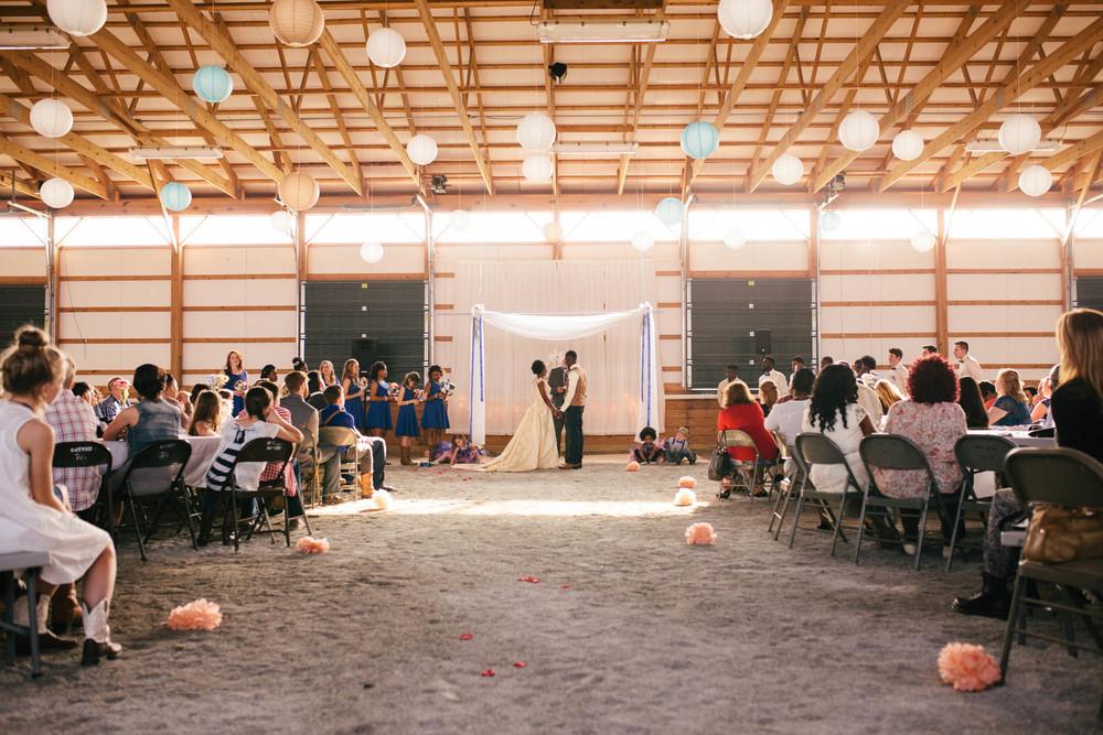 kentuckybarnwedding-12-2.jpg