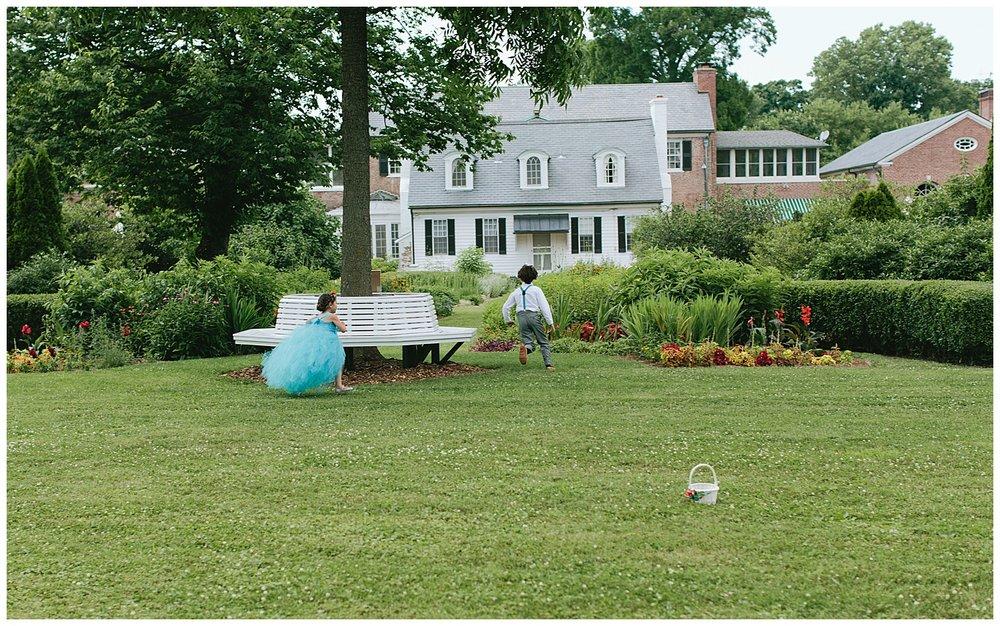 f.louisville.photographer.weddings.oxmoor.garden.estate-66.jpg