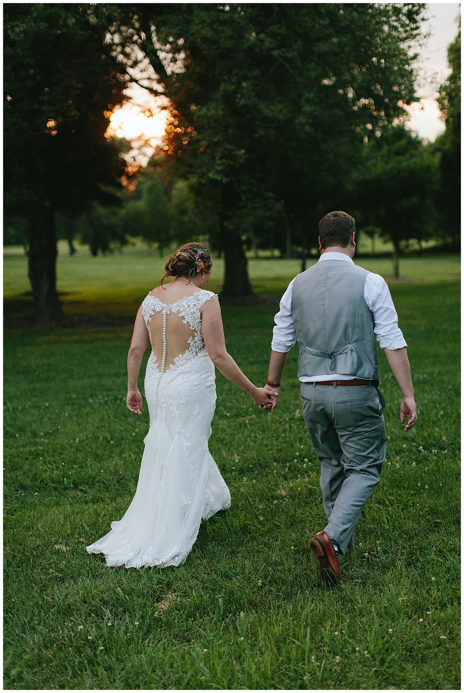 f.louisville.photographer.weddings.oxmoor.garden.estate-131.jpg