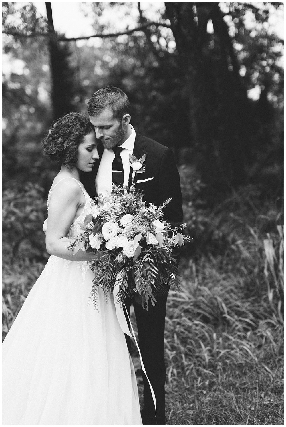 trent.and.kendra.photography.wedding.louisville-157.jpg
