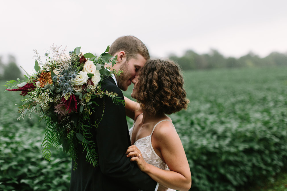 Romantic & INTIMATE weDDING IN THE miSTY keNTUCKY coUNTRYSIDE