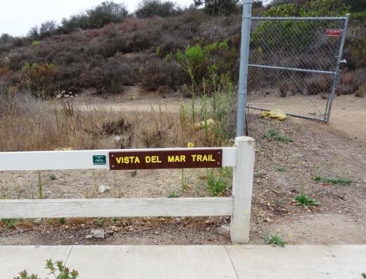 VistaDelMarkTrail_sign.JPG