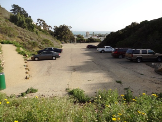 There's a parking area at the bottom of the trail behind Ventura City Hall
