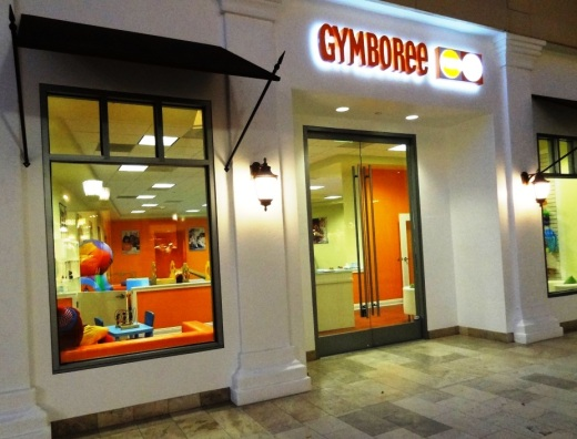 Gymboree Play & Music in the outdoor shops section of The Oaks mall
