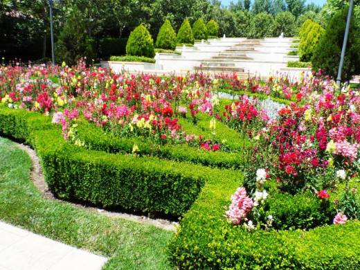 Gardens of the world thousand oaks conejo valley guide conejo valley events for Gardens of the world thousand oaks
