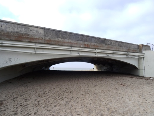 This is the PCH overpass where on low tide you can walk underneath here to get from Sycamore Cove Beach to Sycamore Canyon Campgrounds and hiking in Pt Mugu State Park. In higher tides, this area can be dicey, so be careful.
