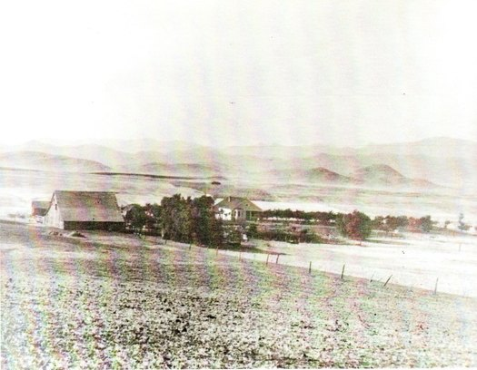 Built in 1905, this is the homeplace of original Conejo Valley settler Nils Olsen in 1913